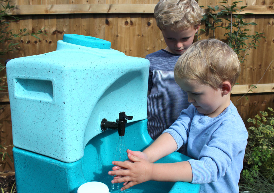 Portable sinks and basins for school children