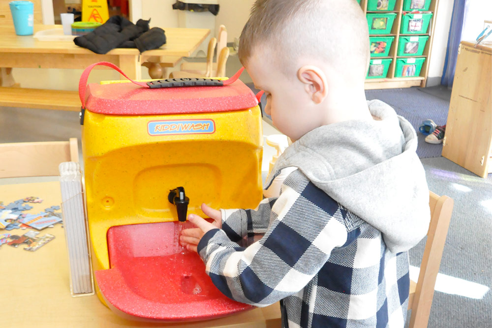 Teach hand washing to reduce incidents of shigellosis advises NHS