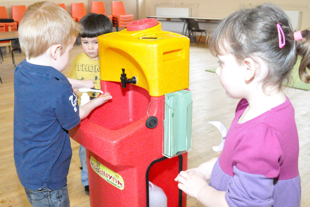 """""""Encourage hand washing"""" advice as school is closed by winter vomiting bug"""